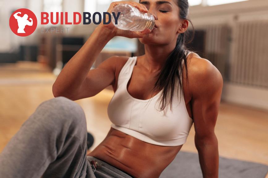 Пейте достаточной количество воды во время и после тренировки