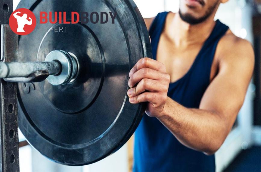 попробуйте убавить рабочие веса и скорректировать технику выполнения упражнений
