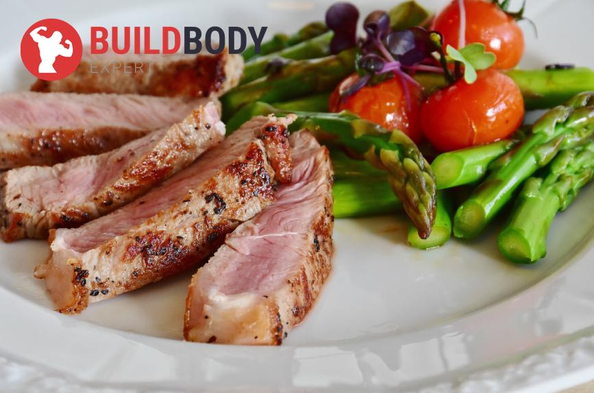 ассортимент мяса становится больше: иногда можно бекон, баранину и свинину